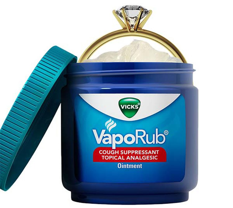 New Mexico Woman Finds Diamond Ring in Tub of Vicks VapoRub